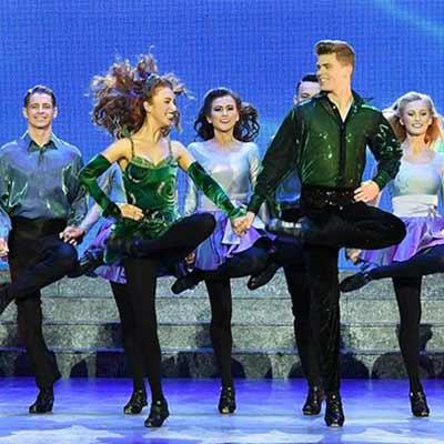 gavin-dancers
