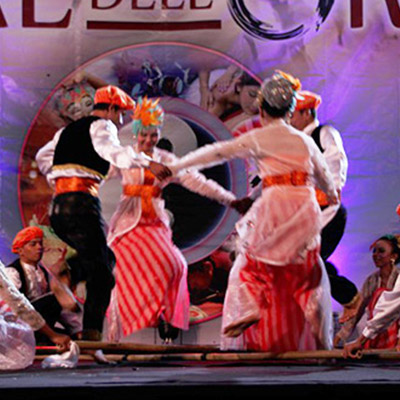 16-danze-orientali-folk