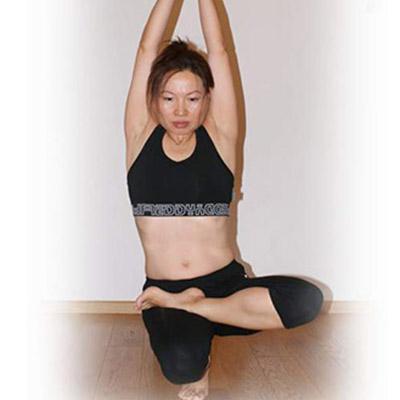 8-yuko-yoga