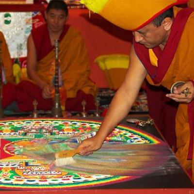 9-cerimonia-distruzione-mandala