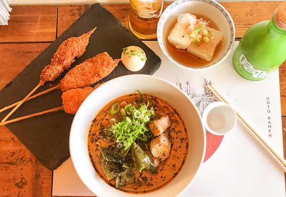 Street Food koto-ramen-1