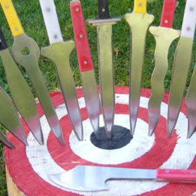 spettacolo-lancio-coltelli