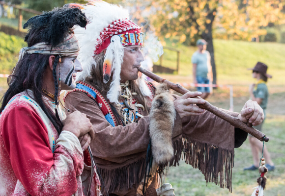 vestire-come-nativi-americani (1)